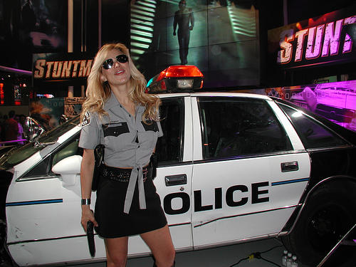 blonde-police-woman