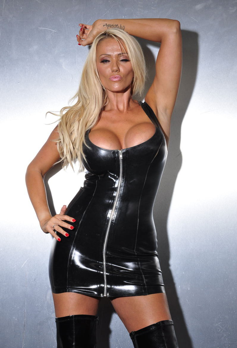 lucy_zara_big-tits_blonde_in_latex_dress_and_boots-04