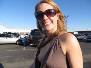 mia moglie al parcheggio 3