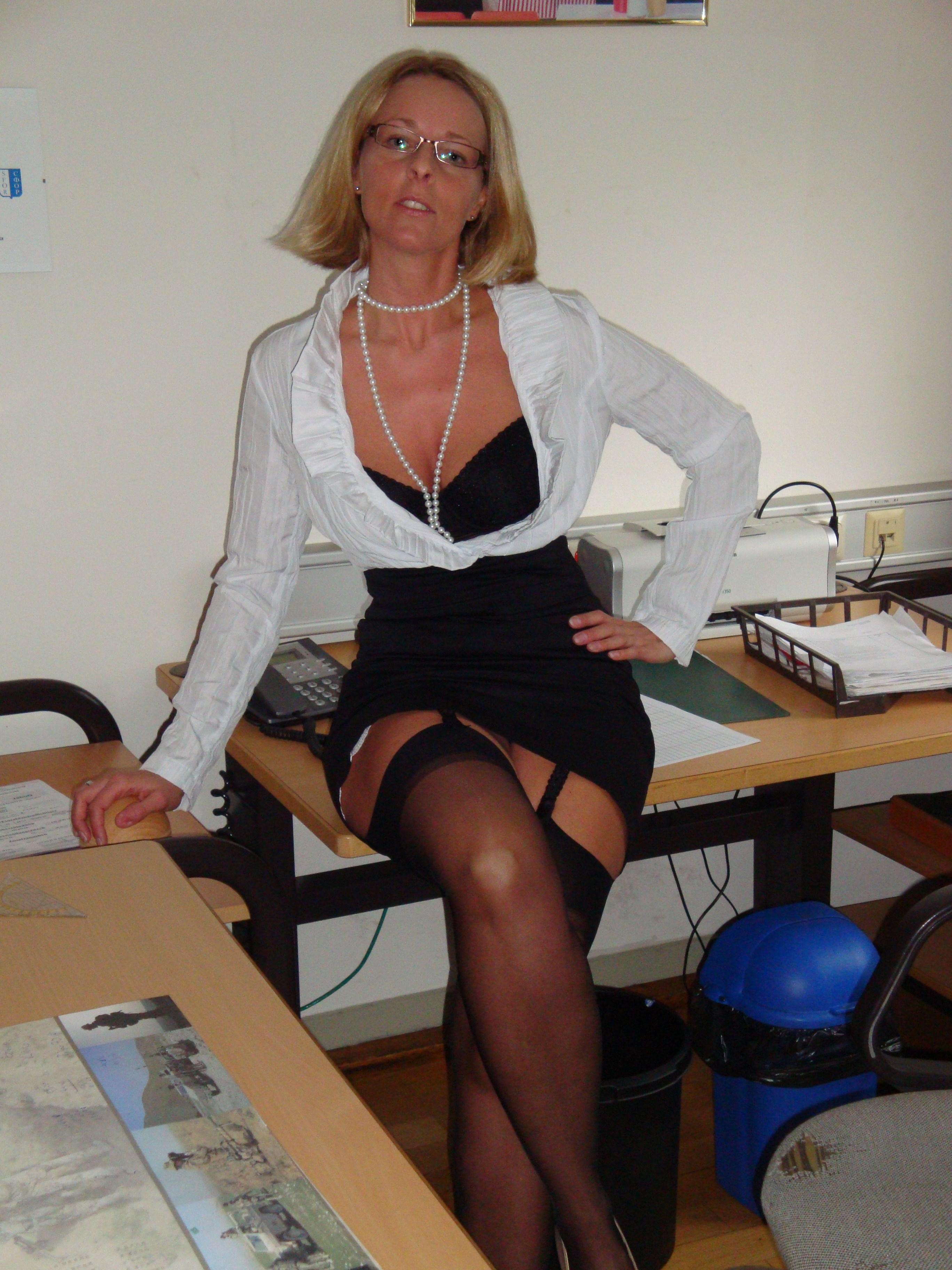Milf in ufficio