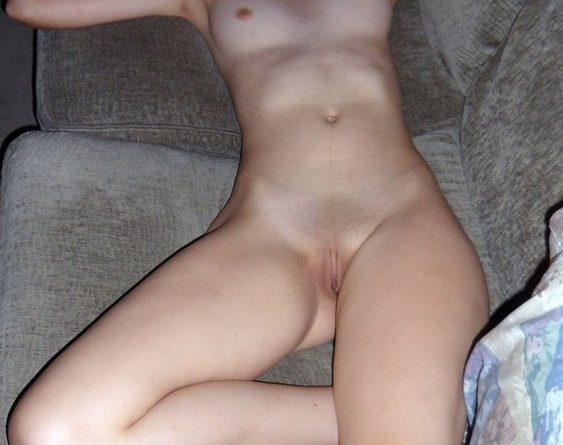 giovane moglie maiala 8