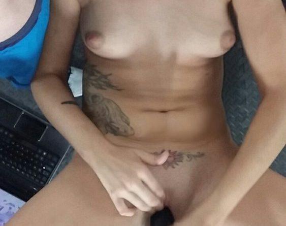 moglie bionda troia 3