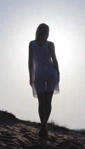 bionda-amatoriale-spiaggia18