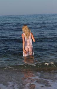bionda-amatoriale-spiaggia2
