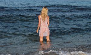 bionda-amatoriale-spiaggia6