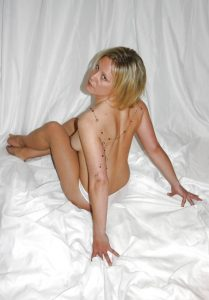 bionda-lingerie 26