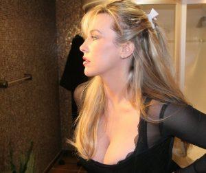 casalinga-troia-fica-pelosa 11