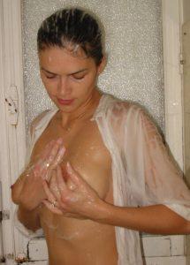 fidanzata-tettona-voyeur 4