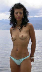 milf-figa-pelosa-lingerie 3