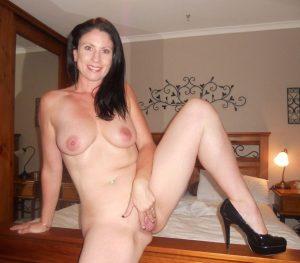 moglie-amatoriale-cuckold 24