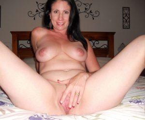 moglie-amatoriale-cuckold 25