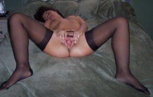 moglie-esibizionista-lingerie 1